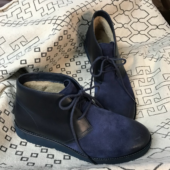 d51ef7cc7a0 NWOT Uggs Men's Navy Blackwell Leather Chukka Boot